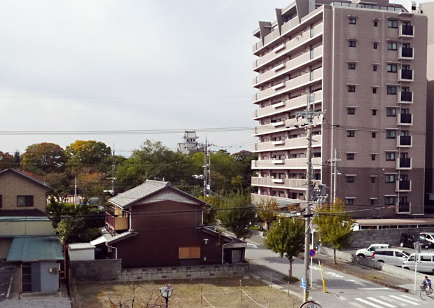 長浜駅西口から長浜城へ目指す