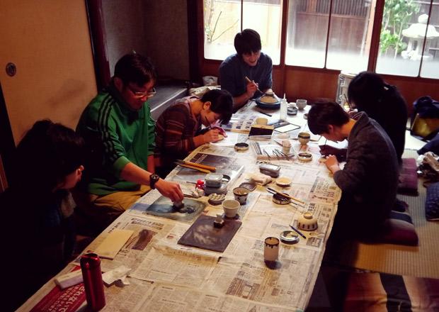 絵付け体験でお茶碗の見方が変わる!?あふみ舎×山中陶器製作所