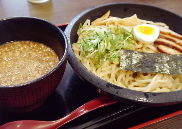 神田パーキングエリア 神田館 つけ麺 大盛り