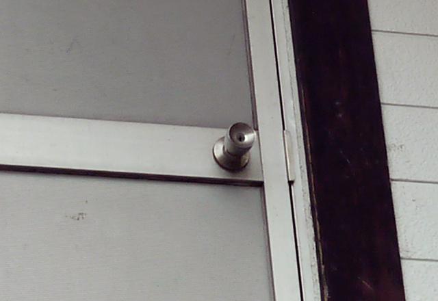 なんの変哲もないドアがある