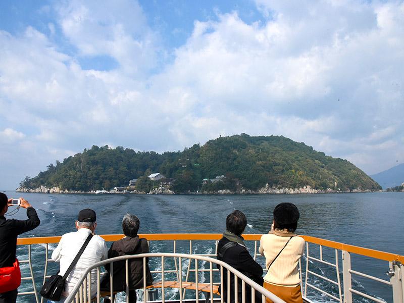 長浜観光をするなら竹生島がおすすめ!