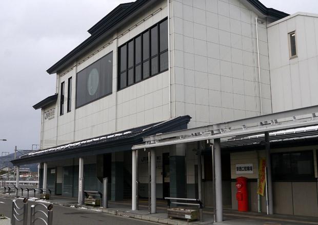 高月駅前の郵便ポスト