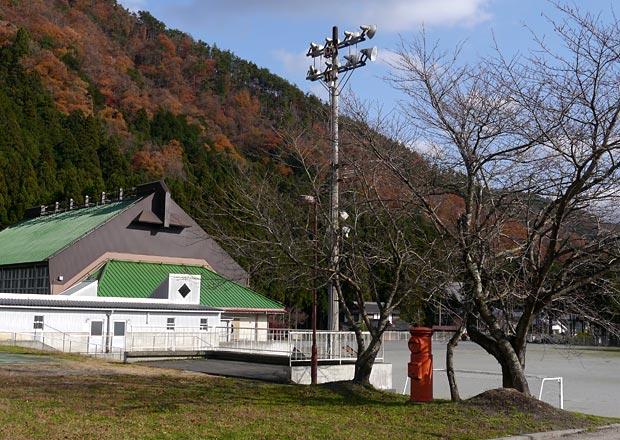 上草野小学校