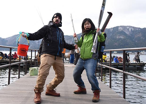 ワカサギ釣り余呉湖の桟橋にて