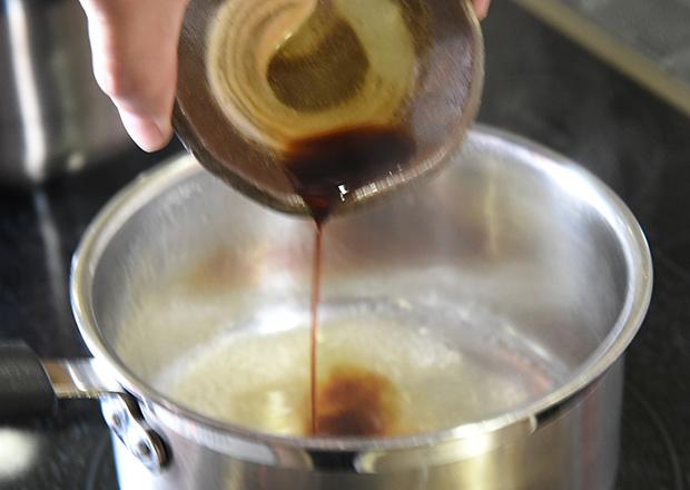 煮汁を作る