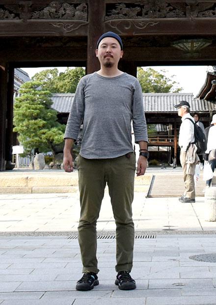 大通寺の前にて撮影