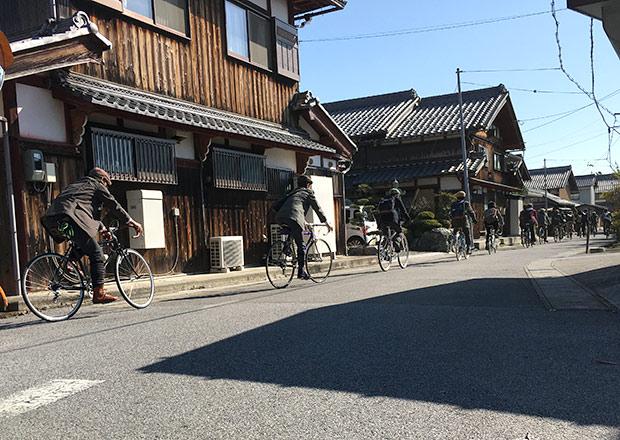 細江の町中をサイクリング