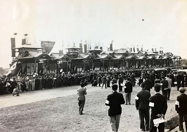 昭和天皇の行幸で、曳山十二基が集まった