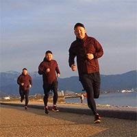 琵琶湖をジョギング中