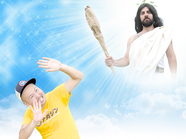雲の隙間から現れたのは神様だった