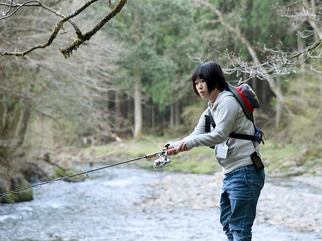 渓流釣りを楽しみましょう