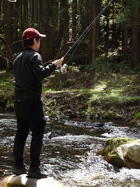 杉野川で渓流釣り体験