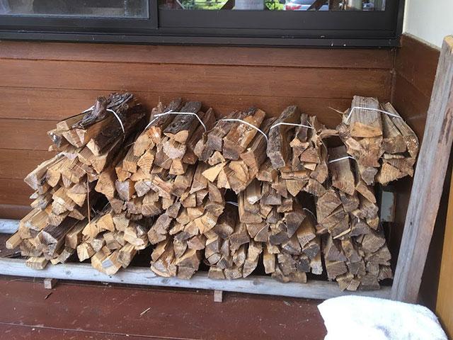 薪も販売されていた。直火は禁止