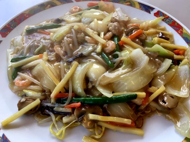和洋レストラン・居酒屋パーティーハウスのチャン麺がおすすめです。