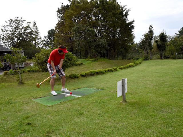 年齢関係なく楽しめるグラウンドゴルフ