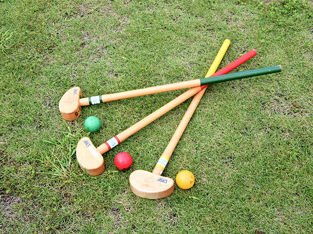 グラウンドゴルフのクラブとボールもレンタル可能です