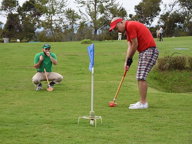 グラウンドゴルフは楽しい!これが入れば勝つ!