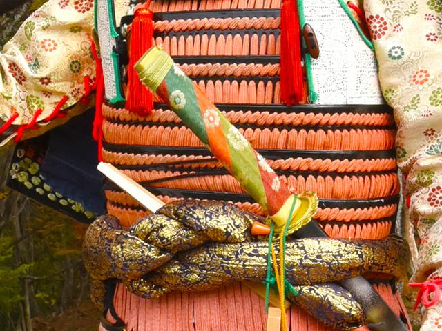 小谷城甲冑武者の会の中川さんよりお借りした甲冑や槍や刀