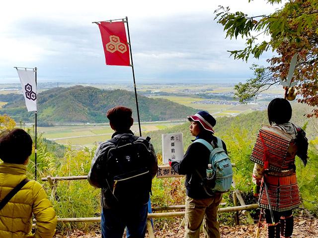 織田信長が陣を張った虎御前山との距離感がわかる