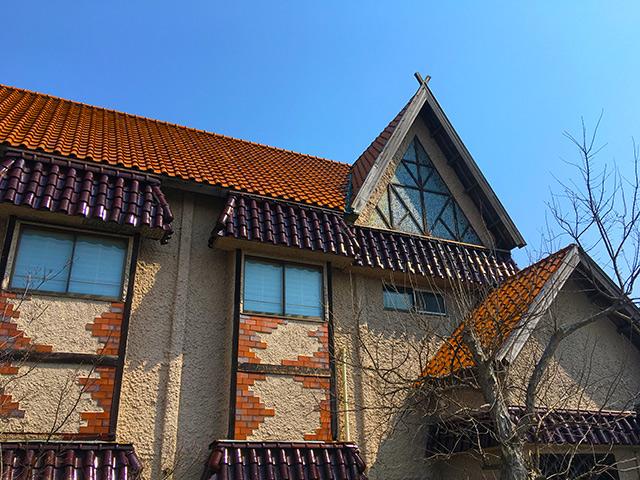 特徴のあるかわいい屋根