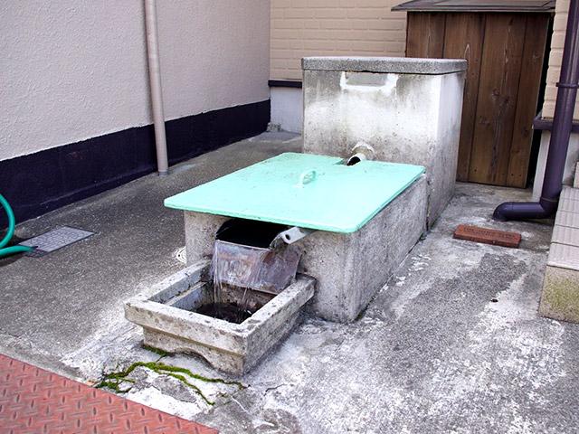 八幡東あたりは井戸がたくさんある