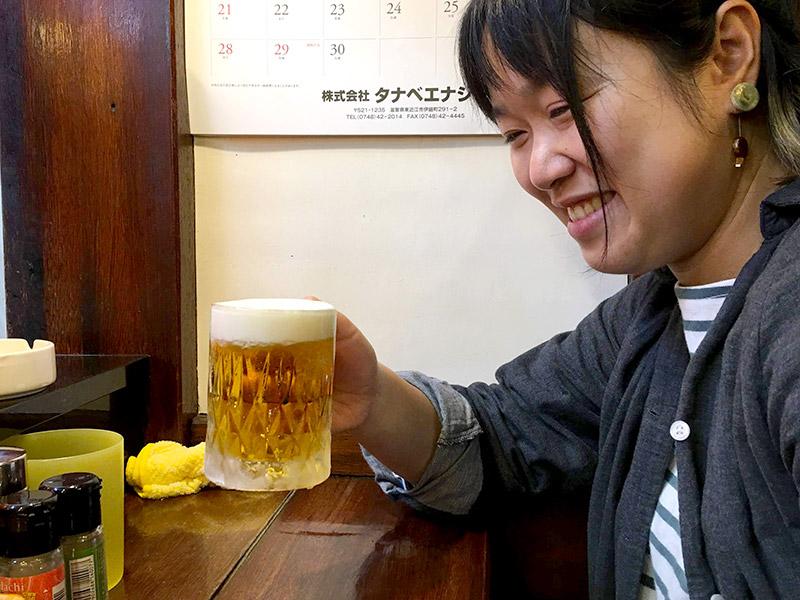 やきとり我が家で生ビール