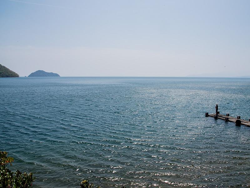 菅浦から見える竹生島の風景
