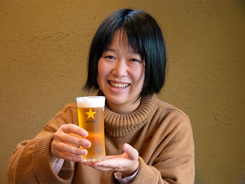 生ビールでのどを潤して、そば豆腐を待っています。